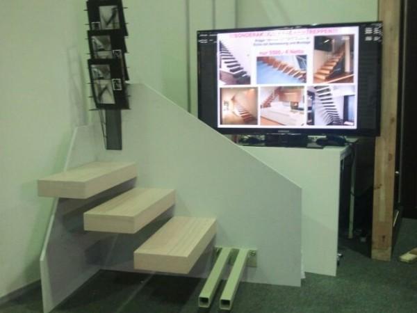 kontakt ausstellung. Black Bedroom Furniture Sets. Home Design Ideas
